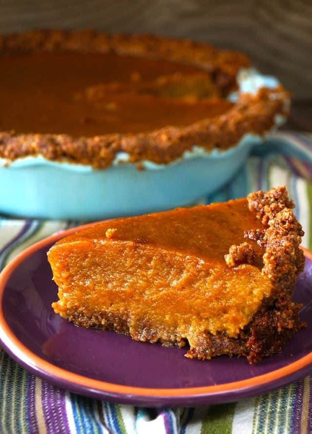 Chai-Spiced-Butternut-Squash-Pie-Recipe-with-Gluten-Free-Pecan-Walnut-Crust1.1