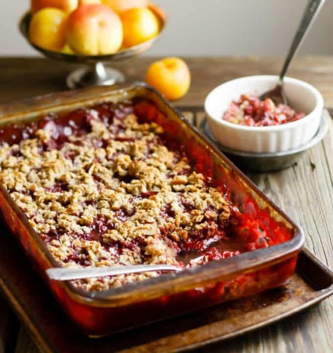 clean_eating_plum_crisp-5_cmp