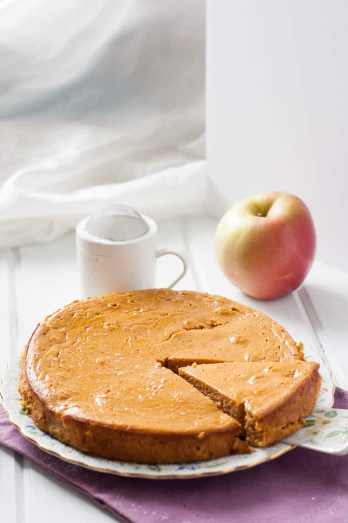 easy-blender-apple-cake-683x1024