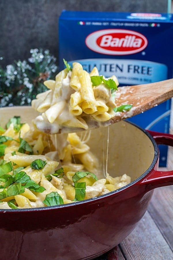 One Pot Easy Chicken Alfredo