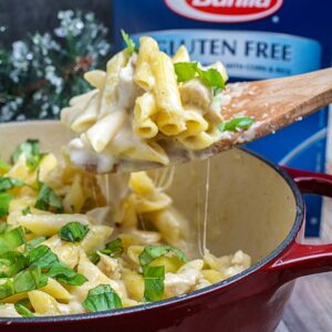 One Pot Easy Chicken Alfredo Recipe
