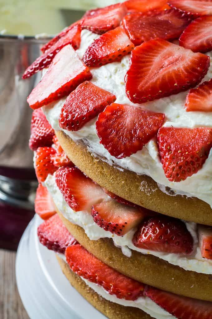 Strawberry Cake With Cream Cheese Frosting Store