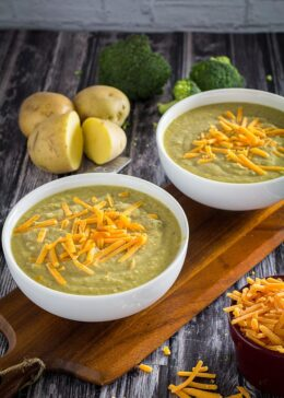 easy broccoli cheddar soup