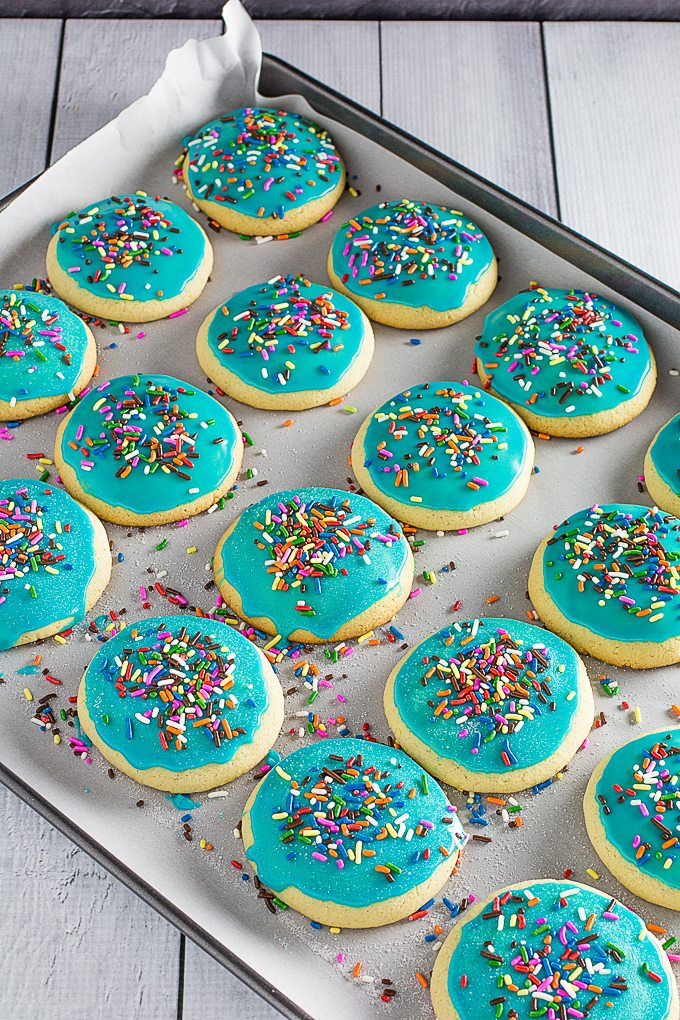 Gluten Free Sugar Cookies Amp Icing Dishing Delish