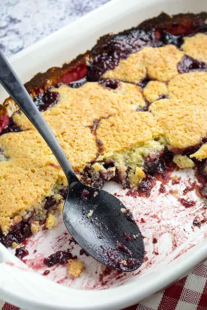 How to Make Cherry Cobbler